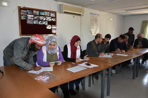 العمل الزراعي يقدم دعما نقديا للمتضررين في المناطق مقيدة الوصول في قطاع غزة