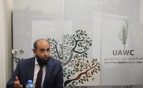 خلال زيارته لمقر الاتحاد  وزير الزراعة يدعو إلى وقف حملات التحريض الإسرائيلية على مؤسسات المجتمع المدني الفلسطيني