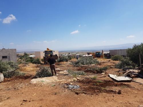 تقرير انتهاكات الاحتلال بحق المزارعين الفلسطينيين في حزيران 2020
