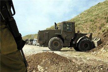 الاحتلال يصادر 30 دونما من اراضي المزراعين في ديراستيا
