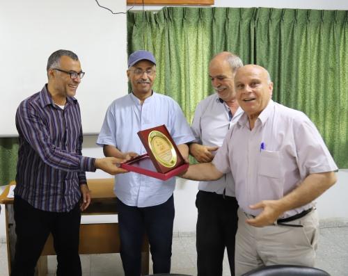 العمل الزراعي بغزة يكرم مجلس ادارته السابق
