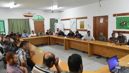 العمل الزراعي يعقد اجتماعا تشاوريا مع صيادي ميناء غزة المتضررين