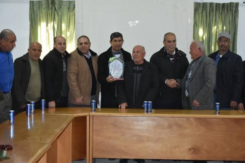 غزة-وفد من صيادي شمال غزة يكرم اتحاد لجان العمل الزراعي