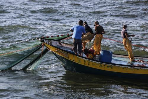 العمل الزراعي يرصد 320 انتهاكا نفذته قوات الاحتلال الإسرائيلي بحق الصيادين خلال 2020