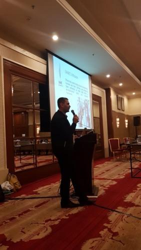 العمل الزراعي يعرض تجربة الزراعة بتقنية الشرنقات في ورشة في الأردن