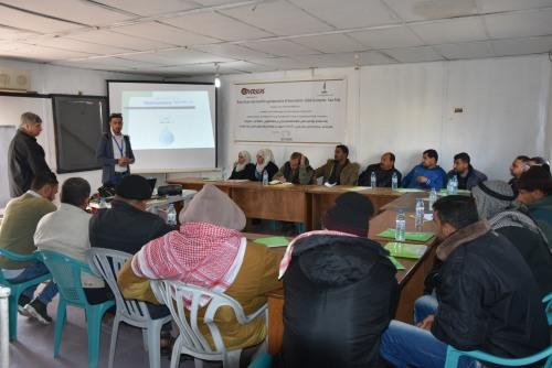 العمل الزراعي بغزة يبدأ بتدريب المزارعين على تقنية الزراعة المائية (الهيدروبونيك)