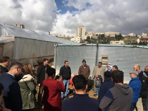 العمل الزراعي ووفد من شركاء فرنسيين يعقدون اجتماعات في محافظة الخليل لبحث الوضع المائي