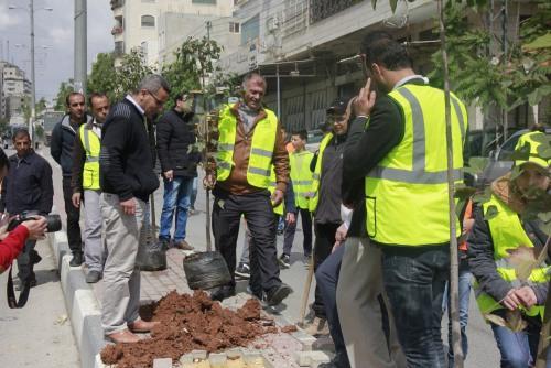 UAWC Organize a Voluntary Work in Hebron