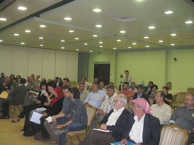 عقد اتحاد لجان العمل الزراعي اجتماعا للهيئة العامة في قاعة الهلال الاحمر في رام الله وعبر الفيديو كونفرنس مع غزة.
